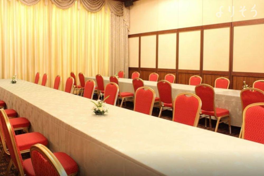 調布メモリードホールのお清め所(会食室)写真です